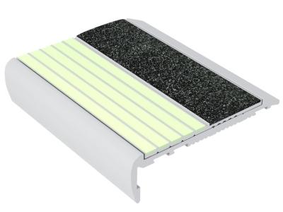F7-E40-luminescent-flat-stair-nosing